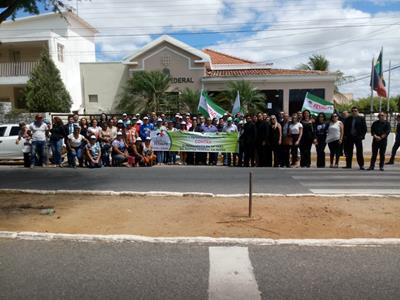 Fetag e OAB protestam contra o fechamento da 14ª V...
